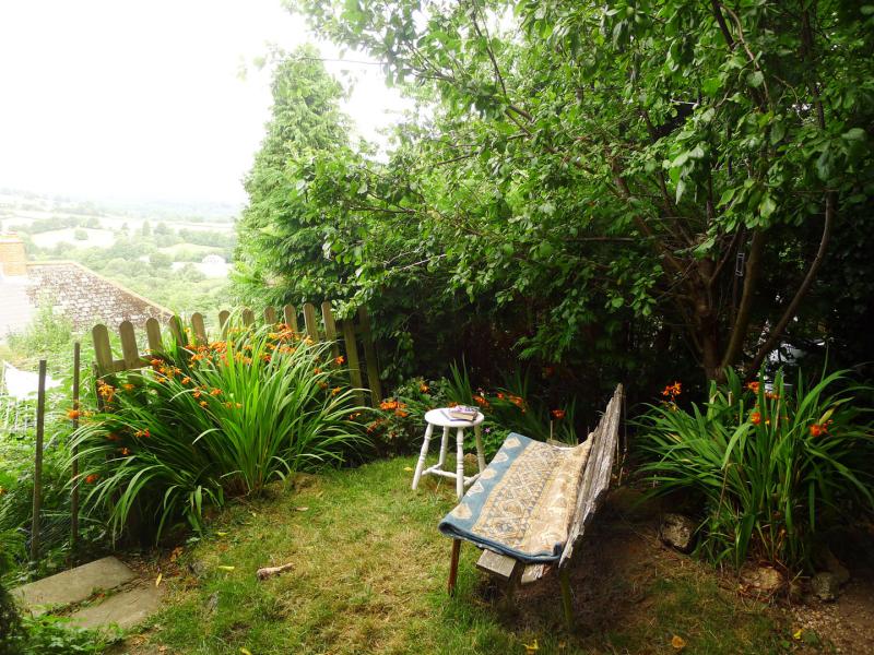 Studio garden bench