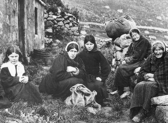 Women & girls of St Kilda
