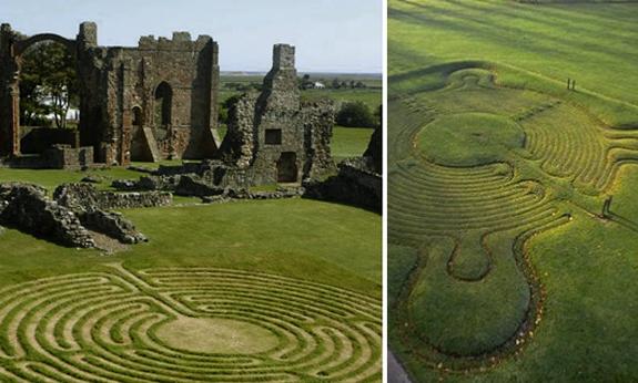 Grass mazes