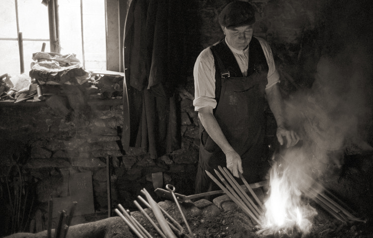 A Devon blacksmith photographed by James Ravilious